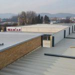 nová strecha opláštenej haly